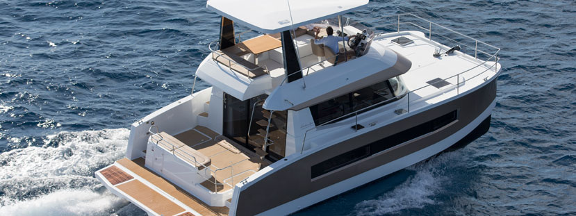 Representing Fountaine Pajot power cats